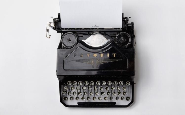 florian-klauer-typewriter